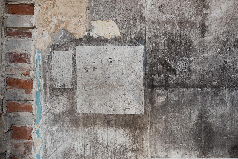 04.09.2020, Koenigsbronn, Baden Wuerttemberg, Landkeis Heidenheim - Ehemaliges Kloster, Langes Haus. (Verlassenes Haus, Ruine, Königsbronn).   MODEL RELEASE: NOT APPLICABLE, PROPERTY RELEASE: NO